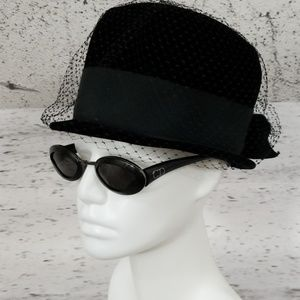VINTAGE Velvet Hat with Netting and Bow